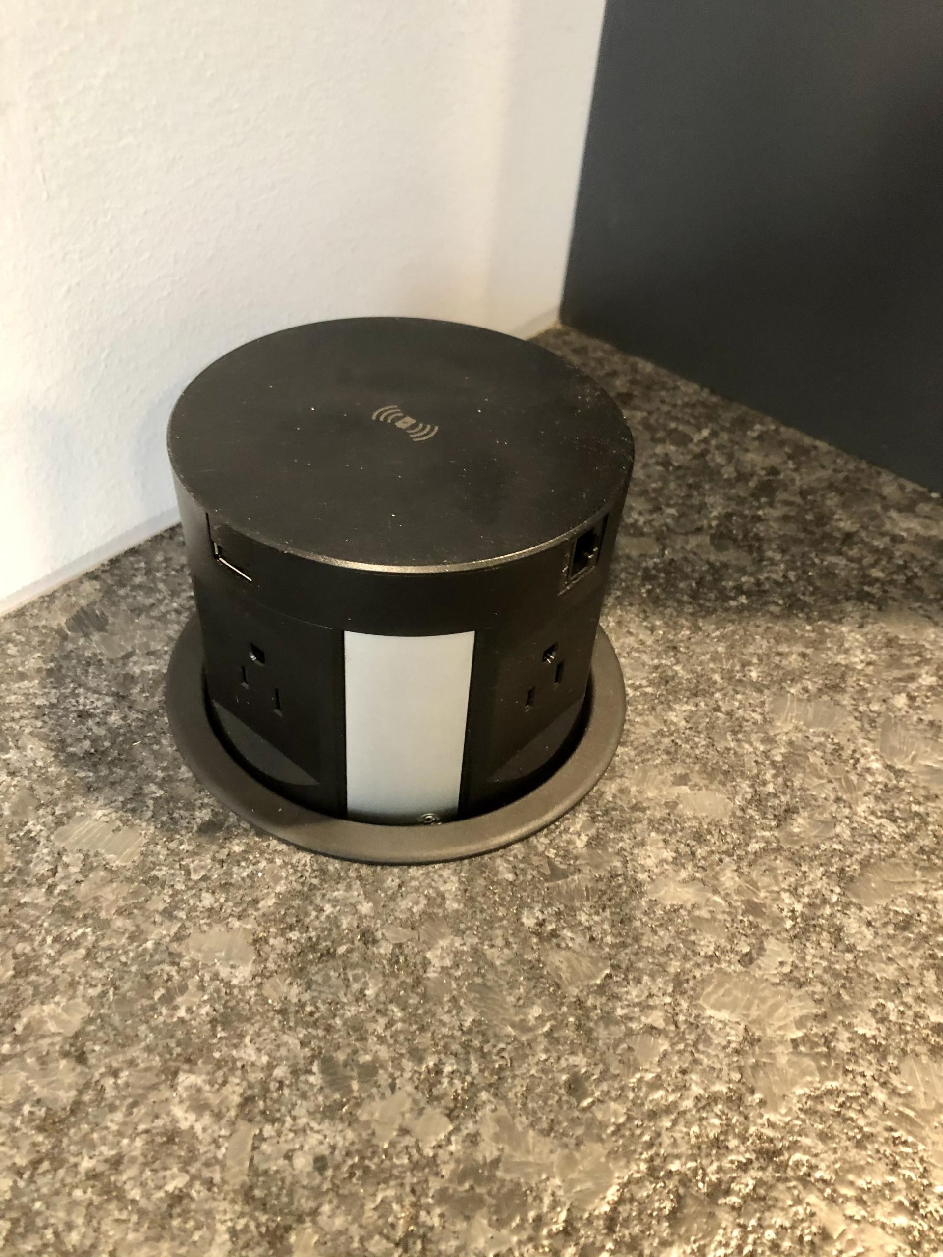 Popup Desktop Outlet